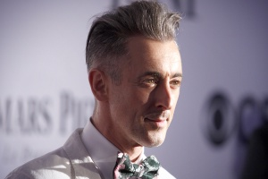 Actor Alan Cumming arrives to the American Theatre Wing's annual Tony Awards in New York